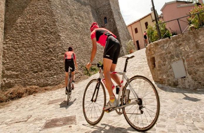 5ciclisti-cesenatico-hotel-tour-romagna