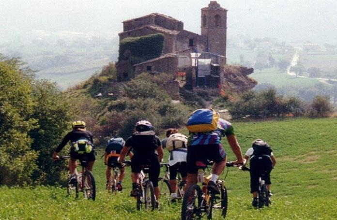 8ciclisti-cesenatico-hotel-tour-romagna